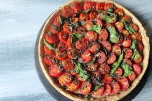 Mediterrane Tarte mit Tomaten & Cashew