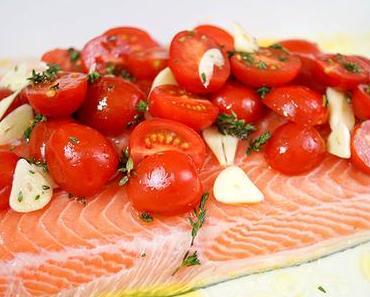 Lachs mit Tomaten und Thymian