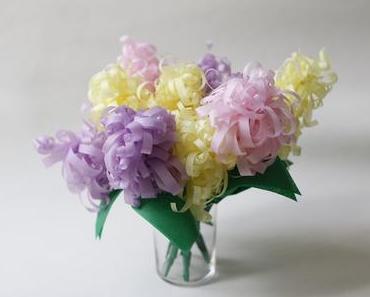 Papierblumen DIY: Hyazinthen aus Seidenpapier