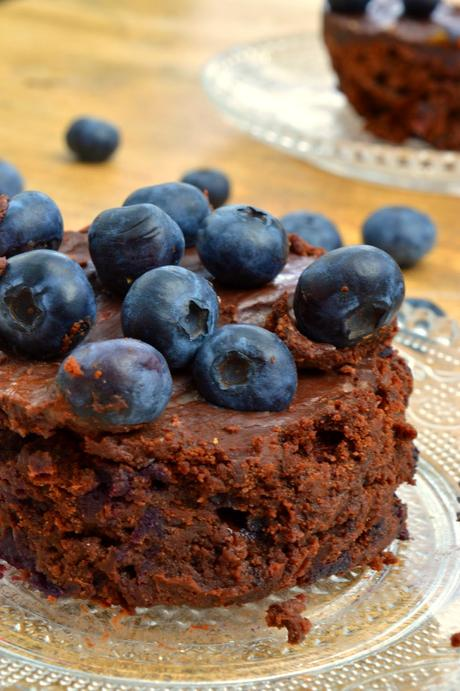 Double Chocolate Blueberry Stuffed Brownies - ein Traumgenuss aus Schokolade