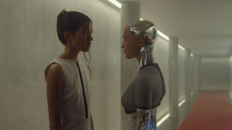 Ex-Machina-©-2015-Universal-Pictures(9)