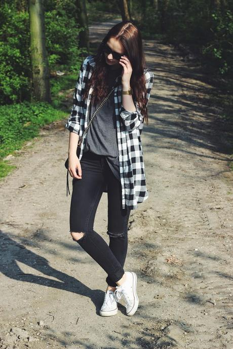 OOTD: Ripped Jeans & Shirt