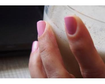 Süße Nägel für Bruce! #paintyournalsforbruce
