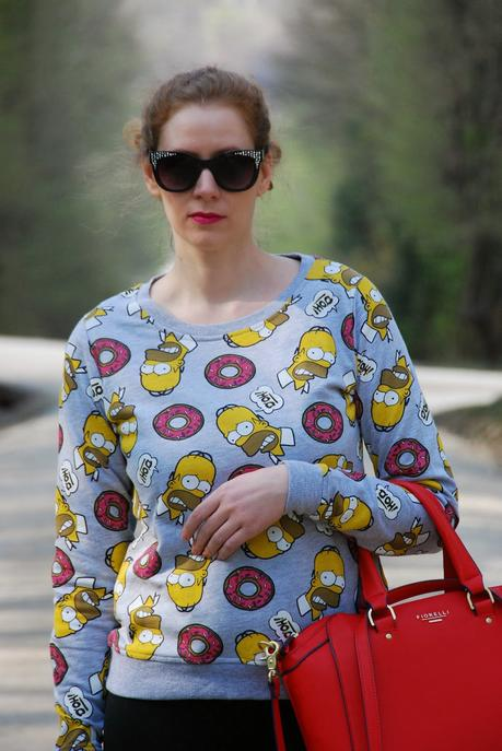 {OOTD} Clash of the Patterns - Homer Simpson loves Doughnuts