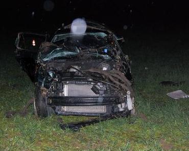 Autounfall Mehlingen  – 18-jähriger Beifahrer tödlich verletzt