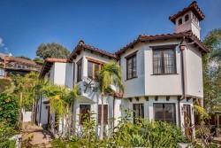 Nick Jonas verkauft sein Anwesen in West Hollywood