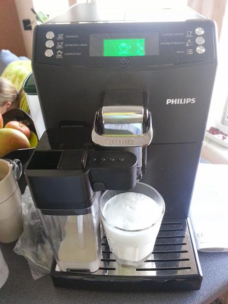 Philips Kaffeevollautomat 4000 Serie HD8847/01 mit CoffeeSwitch