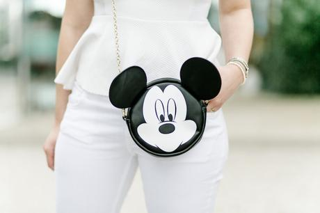 mickey-mouse-disney-bag-clutch-tasche-outfit-fashion-blogger