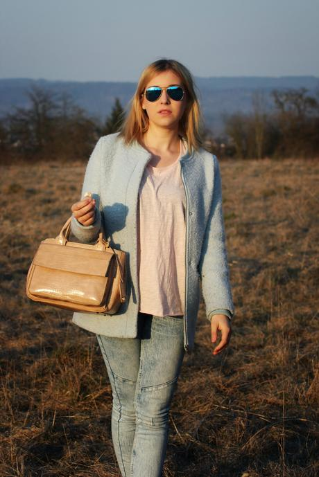 OUTFIT : PASTEL SPRING LOOK