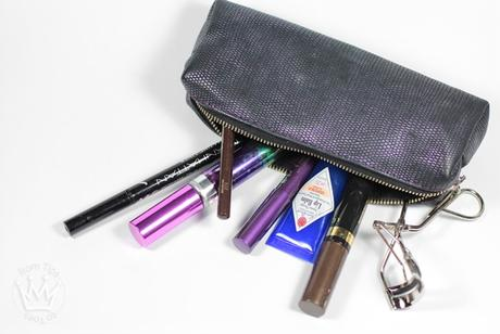What's in my everyday Make-up Bag_2