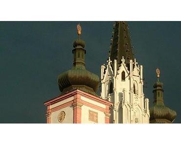 Bild der Woche: Basilika Mariazell im Lichtspot