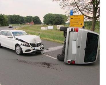 Drei Verletzte bei Autounfall Kappenberger Damm